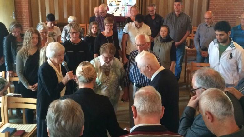 En trekantet menighed i Vrå