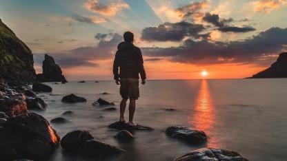 At stå på midten – og at gå til kanten