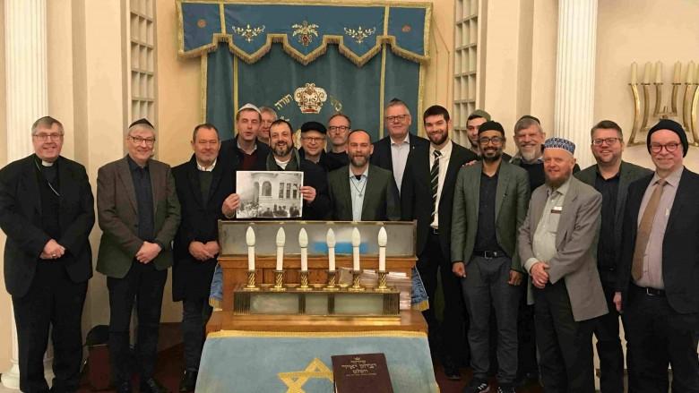 14 kristne, tre muslimer og en jøde på rejse sammen