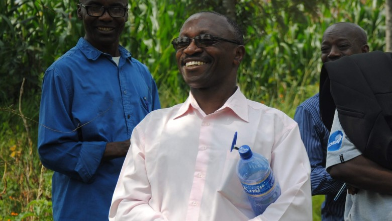 Kirketjeneren – Silas Ntukamazina