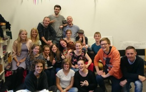 http://baptist.dk/wp-content/uploads/2016/07/studerende-i-saralystkirken-300x190.jpg